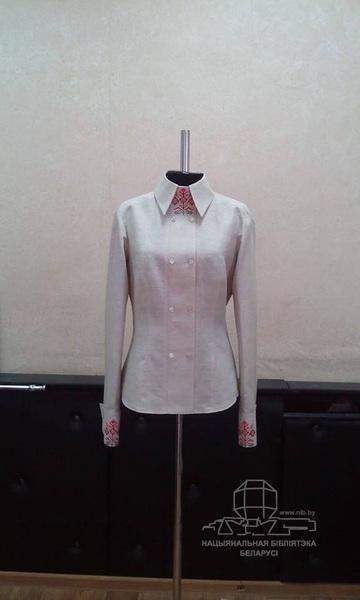 Женская блуза в этно-деловом стиле