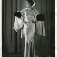 """Фотография модели в платье """"Психея"""" (""""Psyche"""") от Жанны Ланвин (Jeanne Lanvin)"""