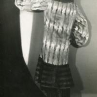 Фотография австрийской актрисы Риты Георг в беличье-норковой шубе.